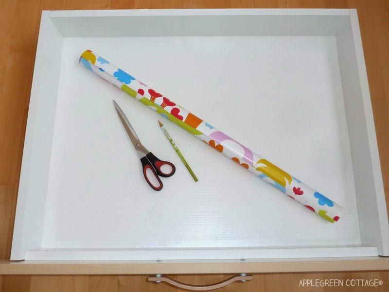 DIY gift paper drawer liner