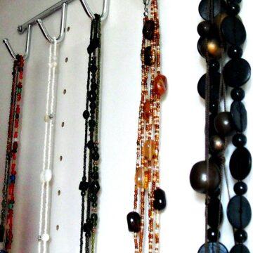 diy necklace hanger