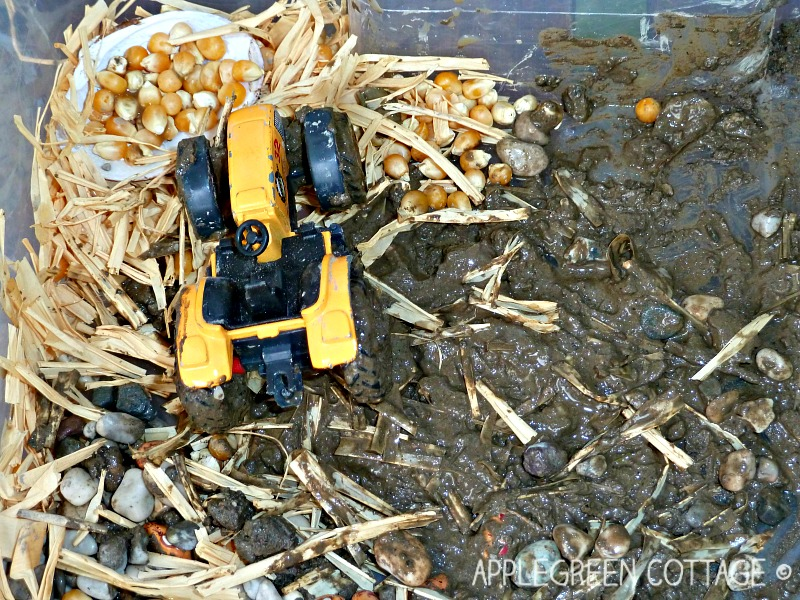 imaginative play for toddlers - farm