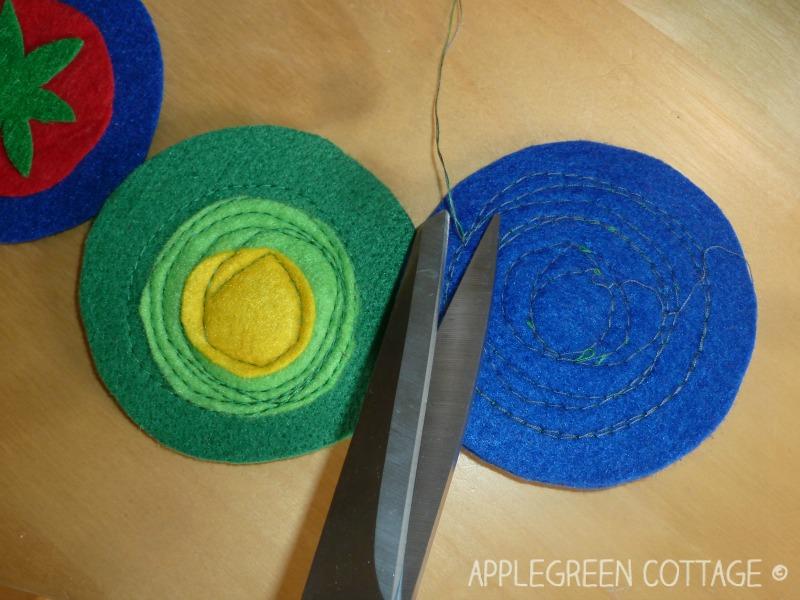 How to make easy DIY felt coasters