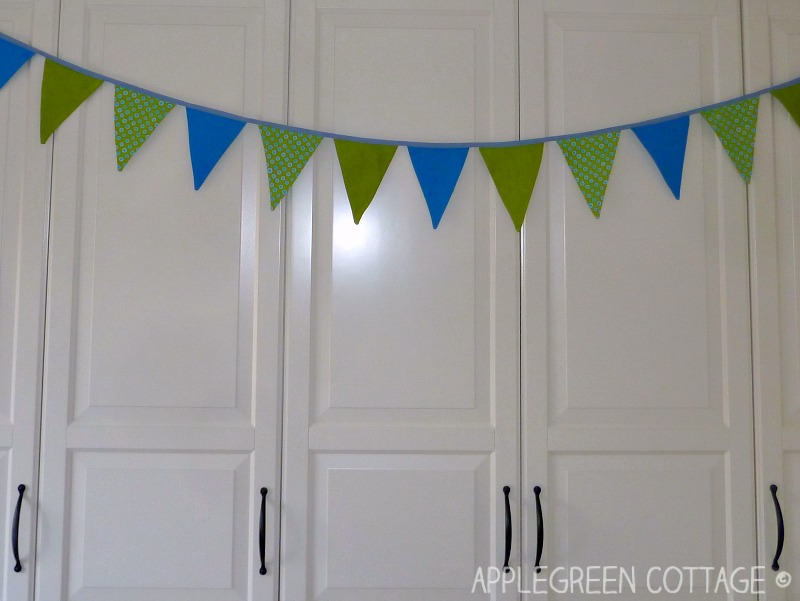 how to hang diy bunting banner