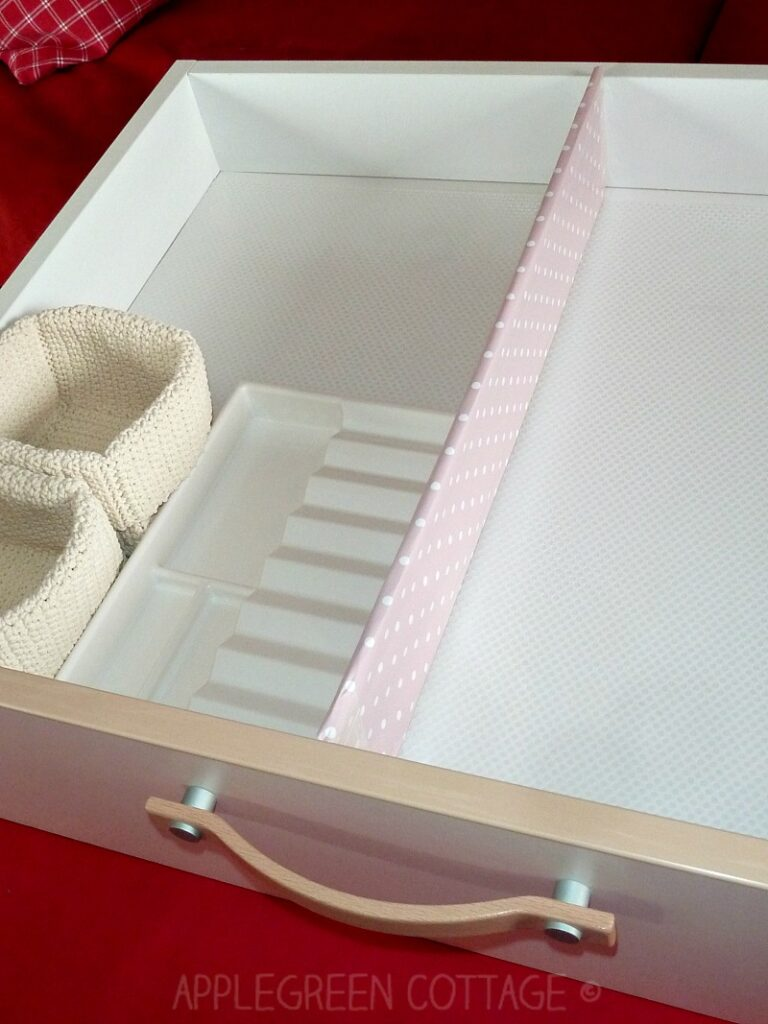 Make simple drawer dividers that will cost you nothing else but a few minutes of your time and a piece of cardboard to be reused instead of thrown away.