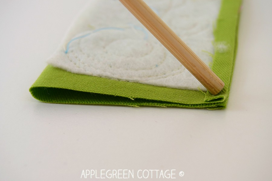 how to sew bookmarks