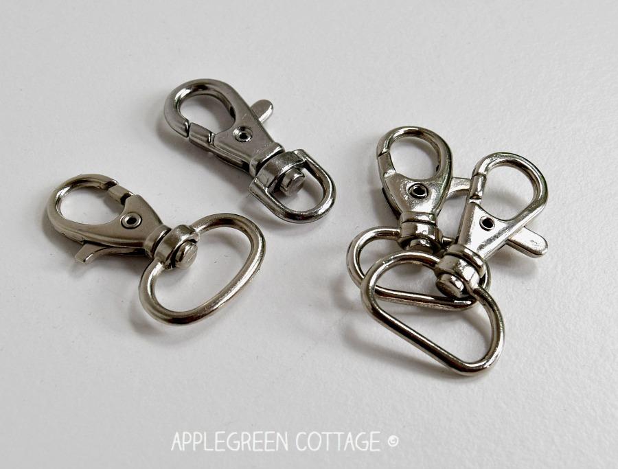 swivel clasps for wristlet strap