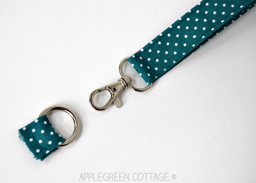 finished wristlet strap with swivel clasp