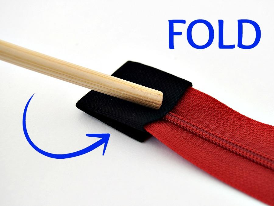How to sew a zipper tab