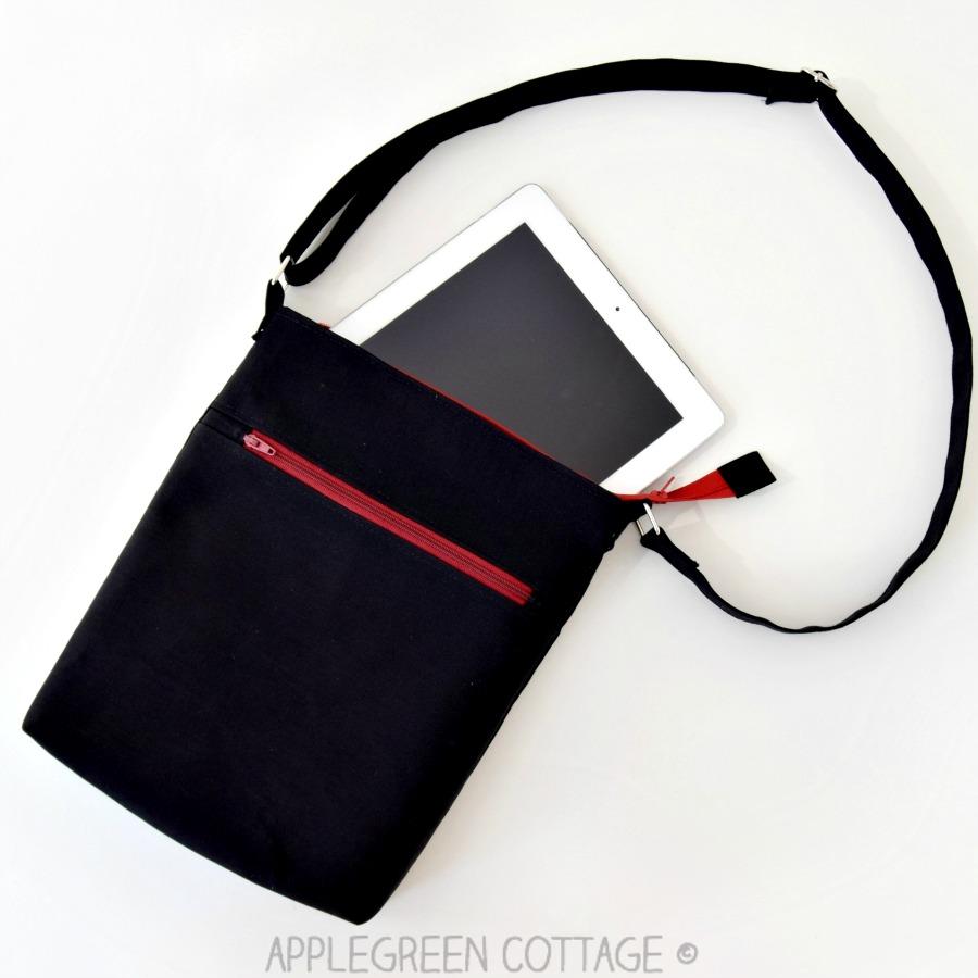 bag pattern with a zipper tab