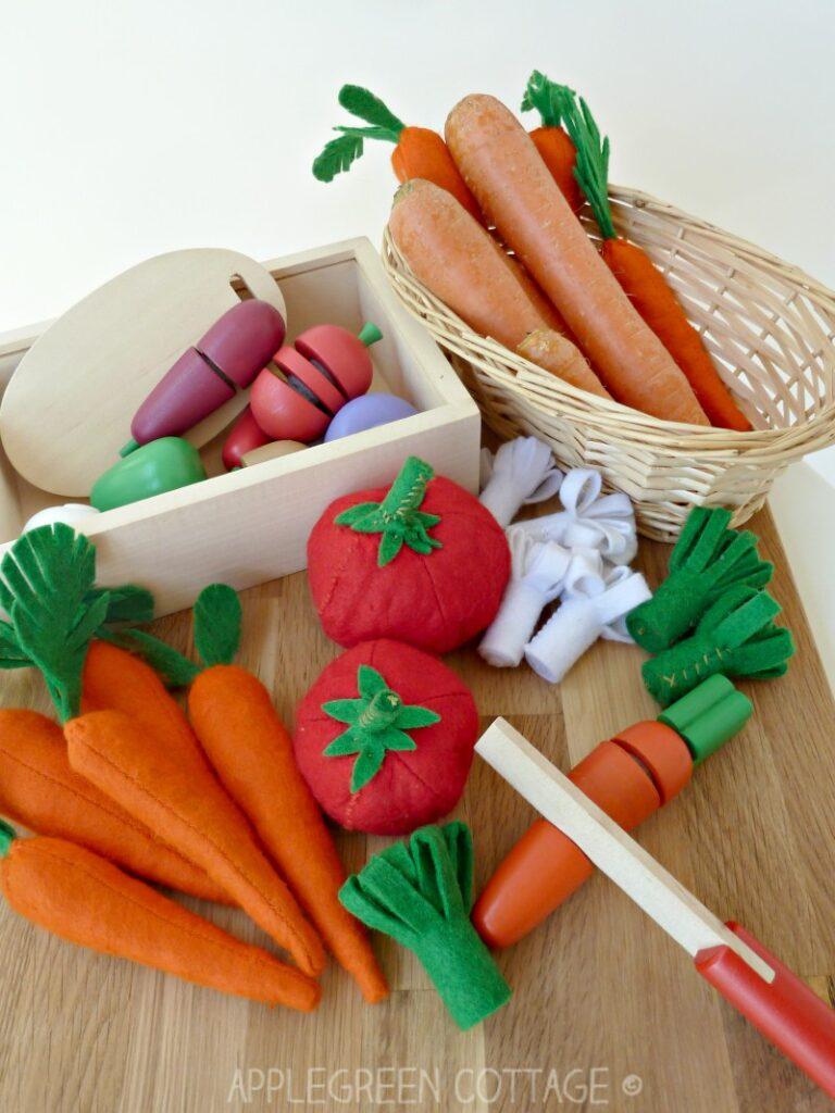 diy felt play food with sewn carrots included