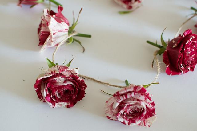 diy rose garland