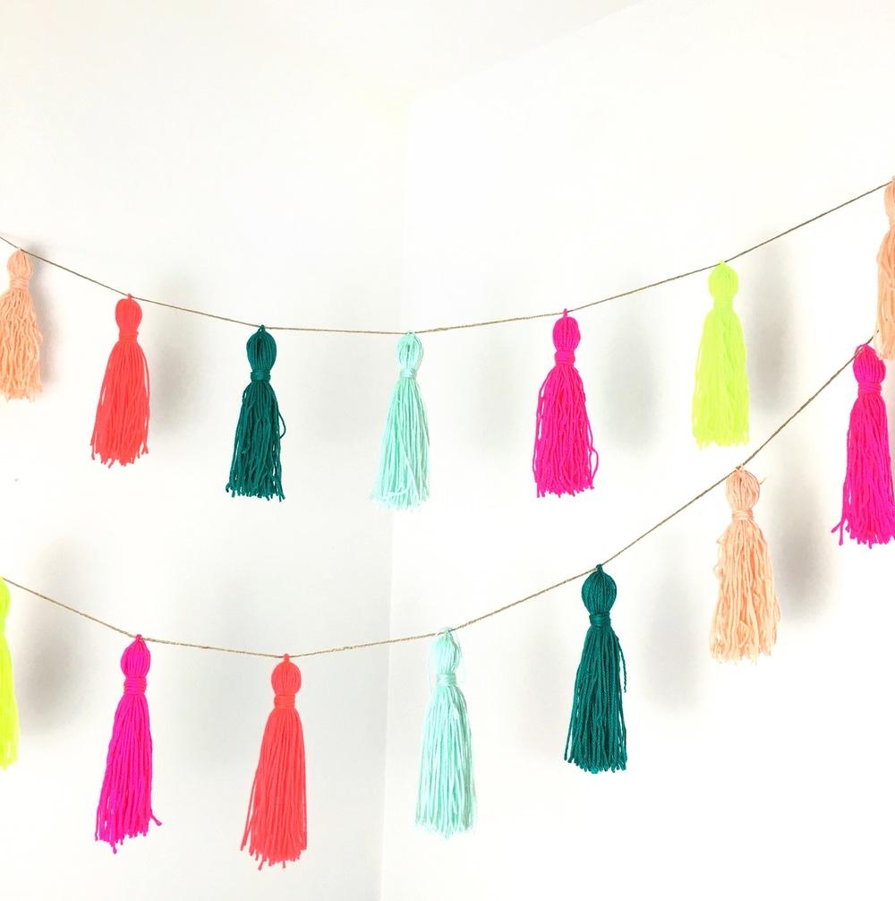 yarn tassel party decor to diy