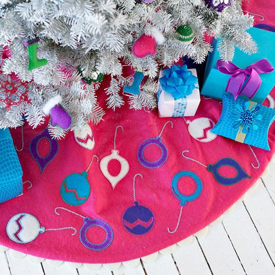 free pattern for Christmas tree skirt