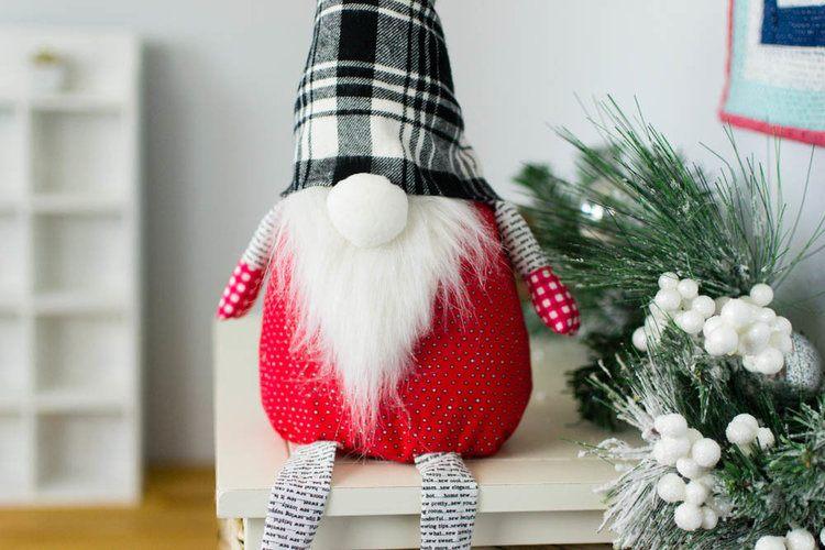 Christmas gnome - tomte tutorials to make diy scandinavian christmas decor