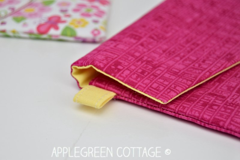 sewing pattern for pouch with flap