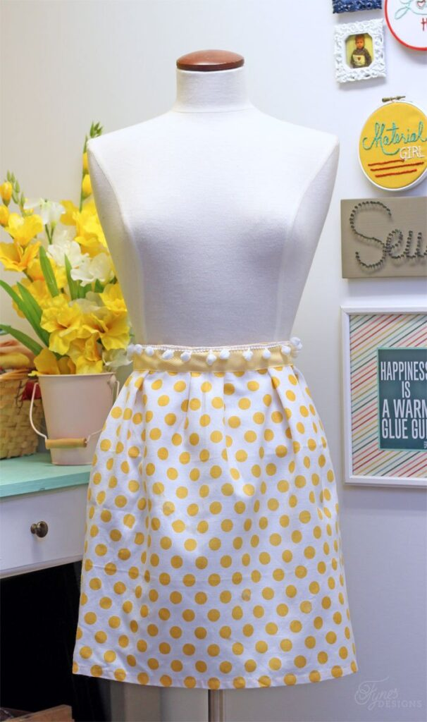 easy apron pattern