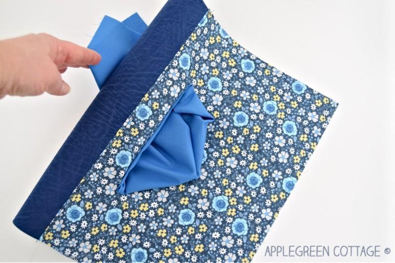 zipper pocket on a bag