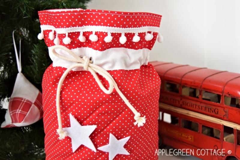 diy Santa bag to sew