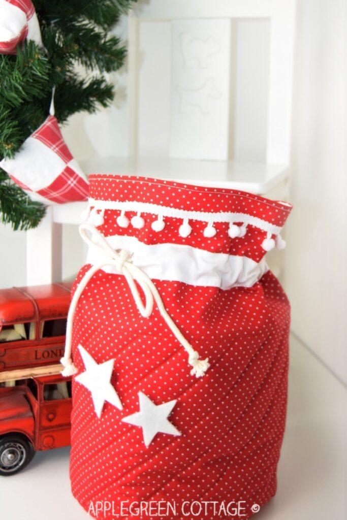 Santa bag sewing pattern