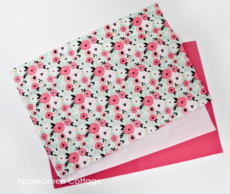 fabric to sew a placemat
