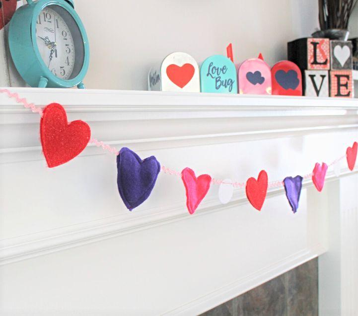 diy Valentine day garland