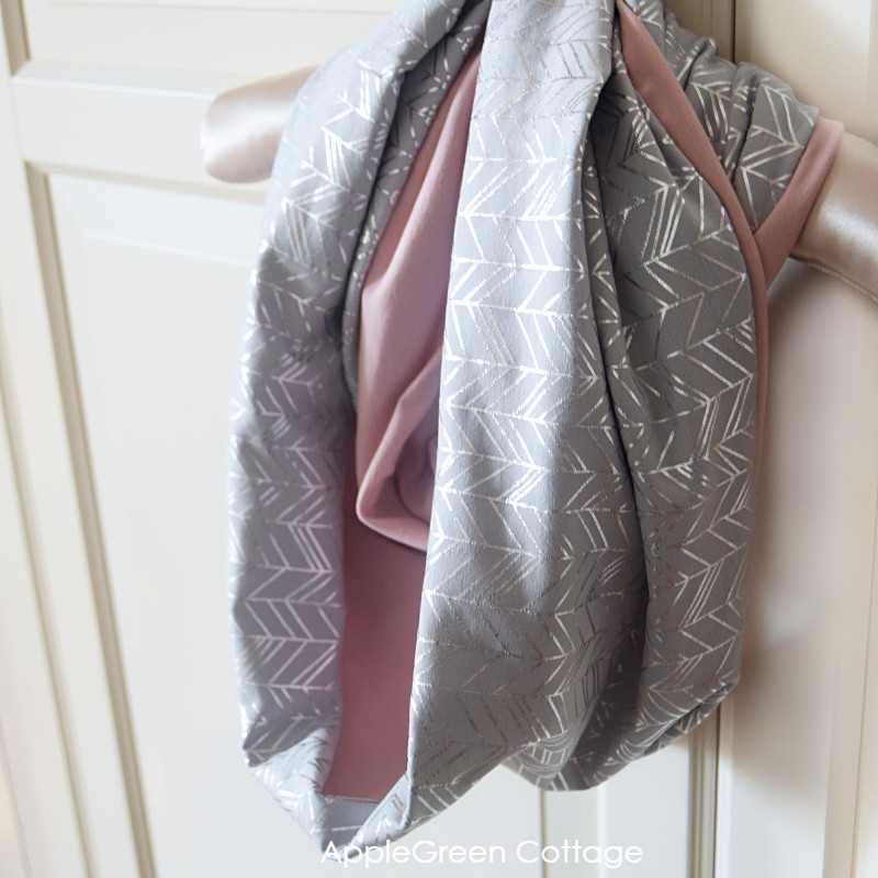 how to make infinity scarf