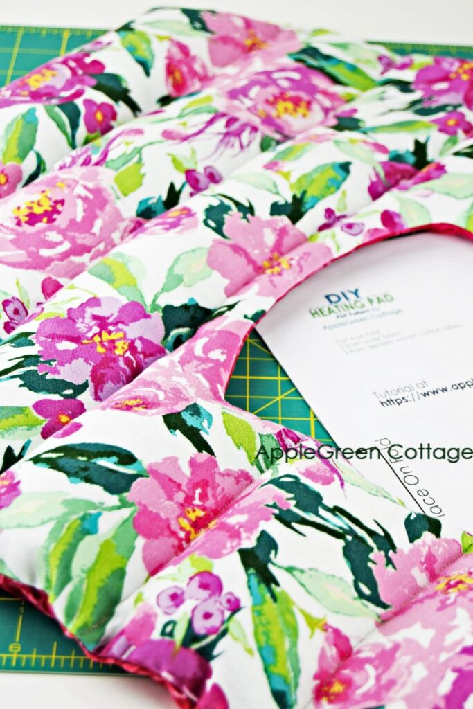 floral diy heat pack with free pattern to sew