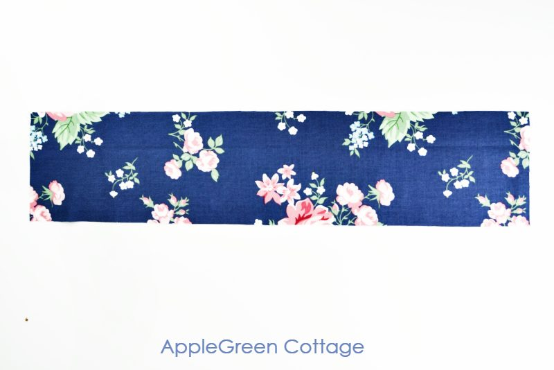 blue floral fabric for a diy scrunchie