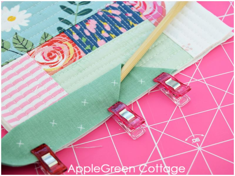 how to finish off binding on a quilt