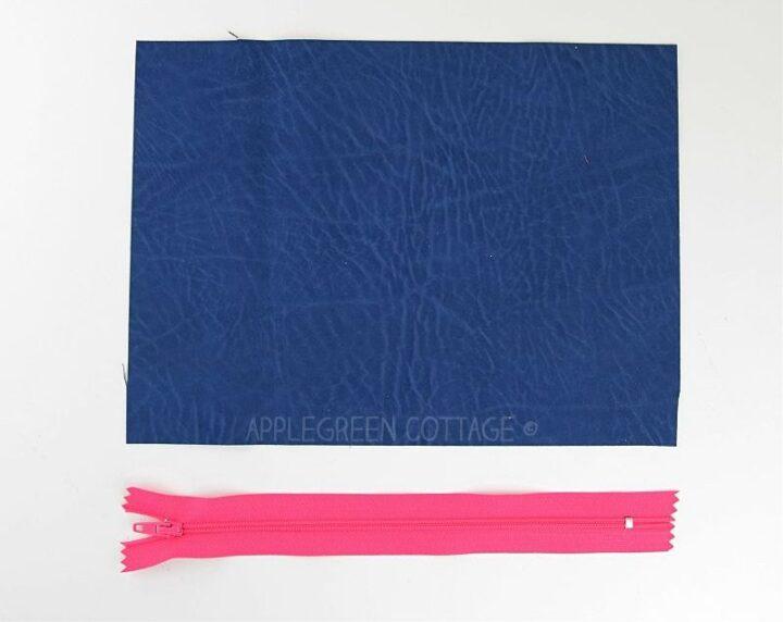 supplies to sew a zipper pouch